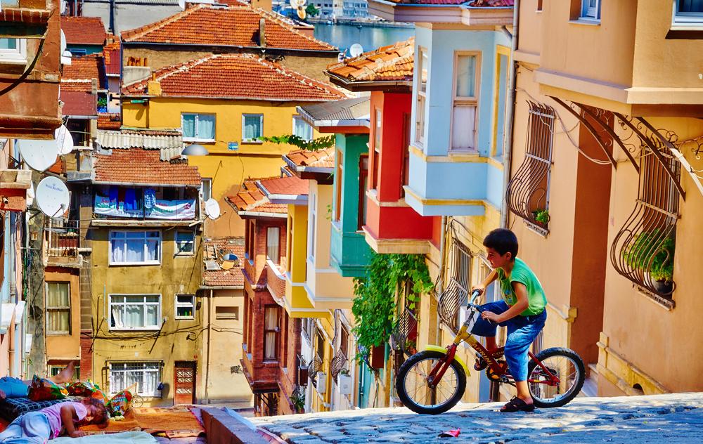 Istanbul (Photo: Moyan Brenn)