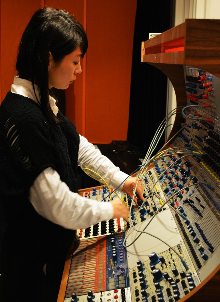 Kyoka working on the Buchla synthesizer @ EMS
